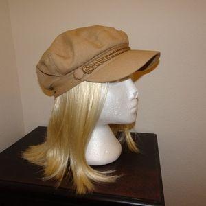 Nine West beige newsboy cap